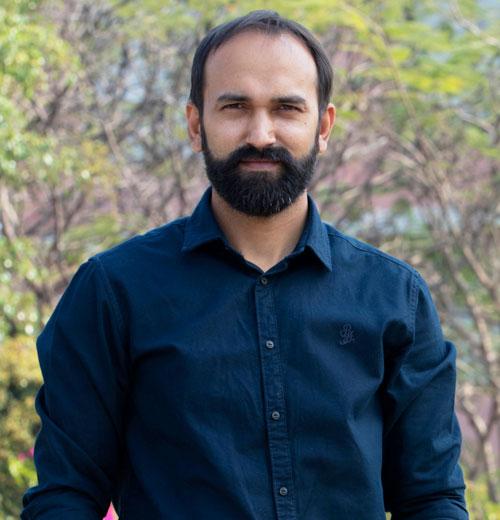 Dr. Gagan Prakash